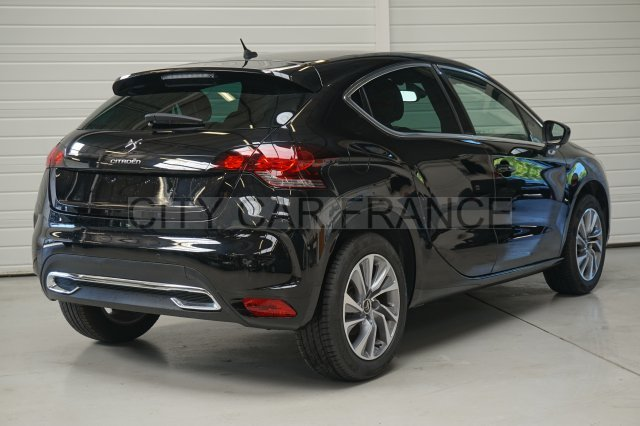 citroen ds4 e hdi 115 ch so chic noire voiture en leasing pas cher citycar paris. Black Bedroom Furniture Sets. Home Design Ideas