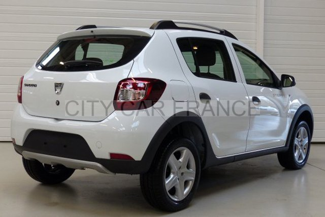 dacia sandero tce 90 stepway ambiance e6 voiture en leasing pas cher citycar paris. Black Bedroom Furniture Sets. Home Design Ideas