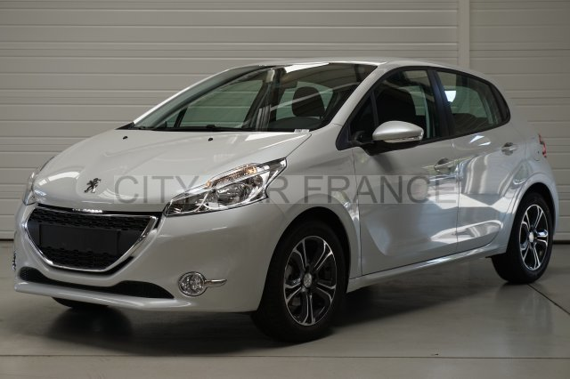 peugeot 208 1 4 hdi 68ch blanche voiture en leasing pas cher citycar paris. Black Bedroom Furniture Sets. Home Design Ideas